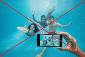 Caution: Don't use your waterproof Sony Xperia phone or tablet under water