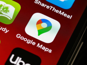 Google Maps now allows users to pay for public transportation and parking
